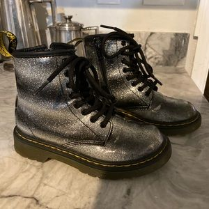 Girls US sz 12 Dr.Marten girls glitter ankle boots